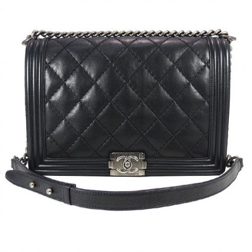 CHANEL_BLACK_QUILT_CHAIN.FRONT