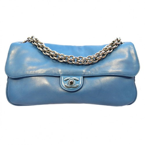CHANEL_BLUE_LEATHER_CHAIN_FRONT